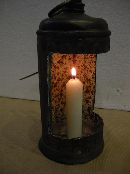 fabrication-accessoire-spectacle-lanterne